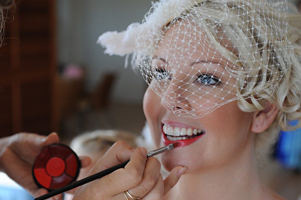 Red-Lips-wedding-makeup